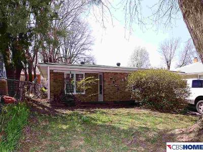 Bellevue Single Family Home For Sale: 3823 Harrison Street