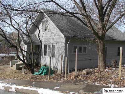 Pottawattamie County Single Family Home For Sale: 406 McGee Avenue