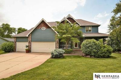 Springfield Single Family Home For Sale: 12714 Cottonwood Lane