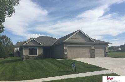 Single Family Home For Sale: 7215 N 154th Avenue