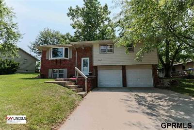 Cass County Single Family Home For Sale: 107 Oak Court