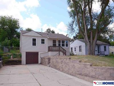 Omaha Single Family Home For Sale: 6925 Pinkney Street