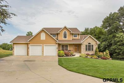Council Bluffs Single Family Home For Sale: 22836 Breckmans Road