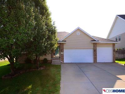 Papillion Single Family Home For Sale: 11833 51st Street