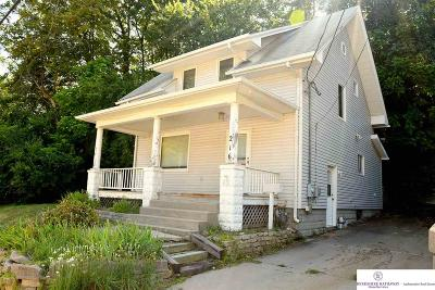 Council Bluffs Single Family Home For Sale: 216 Logan Street