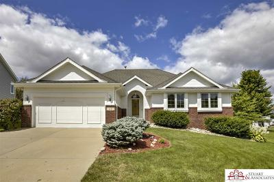 Council Bluffs Single Family Home For Sale: 114 Fenwick Circle