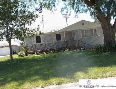 Bellevue Single Family Home For Sale: 1807 Pelton Avenue