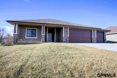 Plattsmouth Single Family Home For Sale: 19584 Ridgeway Drive