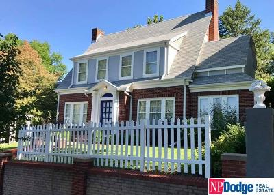 Council Bluffs Single Family Home For Sale: 290 High School Avenue