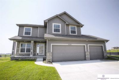 Gretna Single Family Home For Sale: 18367 Schofield Drive