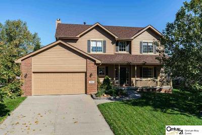 Papillion Single Family Home For Sale: 2804 Leigh Lane