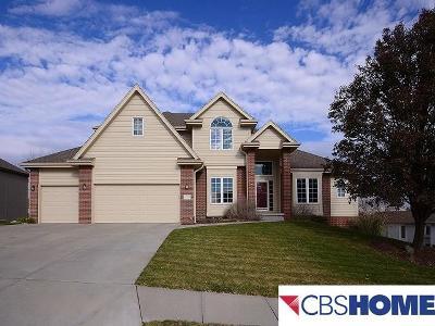 Omaha Single Family Home For Sale: 17008 Oakmont Drive