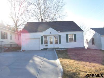 Omaha Single Family Home For Sale: 4943 Hickory Street