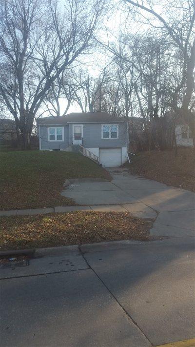 Omaha Single Family Home For Sale: 5411 Fontenelle Boulevard