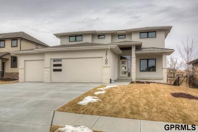 Bennington Single Family Home For Sale: 17100 Clay Street
