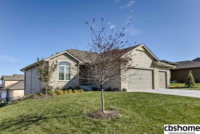 Single Family Home For Sale: 9803 S 68th Street