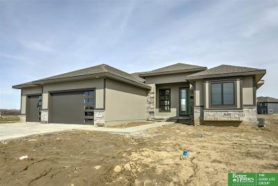 Omaha Single Family Home For Sale: 8015 N 129th Street