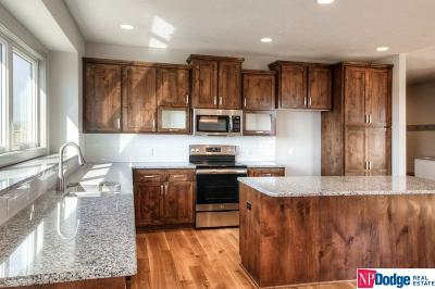 Elkhorn Single Family Home For Sale: 2612 N 191 Avenue