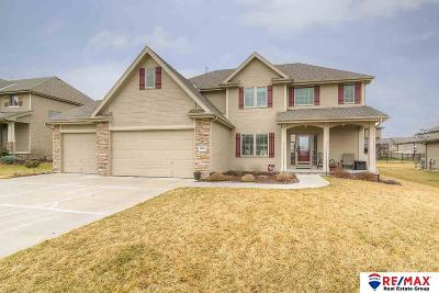 Papillion Single Family Home For Sale: 7604 Leawood Street