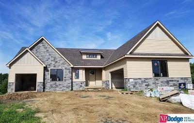 Elkhorn Single Family Home For Sale: 22114 Cedar Circle