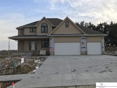 Bennington Single Family Home For Sale: 15907 Grebe Street