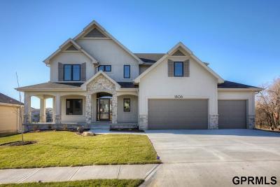 Elkhorn Single Family Home For Sale: 1806 S 211 Street