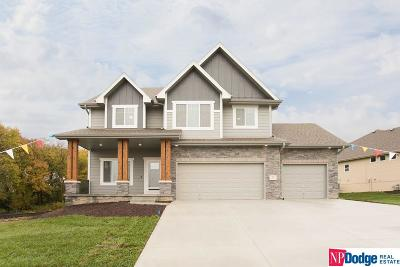 Single Family Home For Sale: 21 Forest Glen Drive