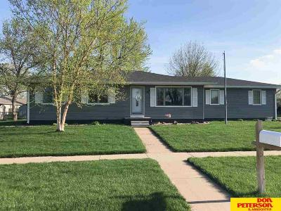Fremont Single Family Home For Sale: 2121 E Cuming