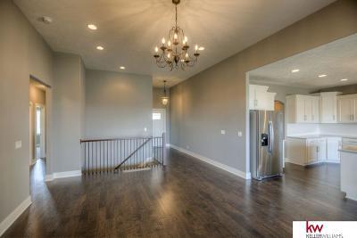 Omaha Single Family Home For Sale: 2610 N 191 Avenue