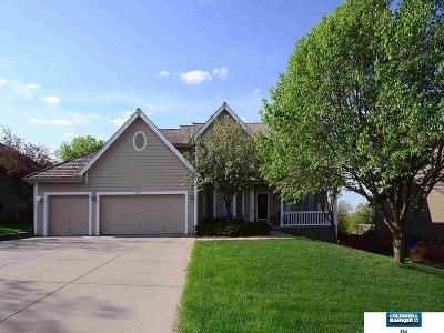 Papillion Single Family Home For Sale: 909 W Centennial Road