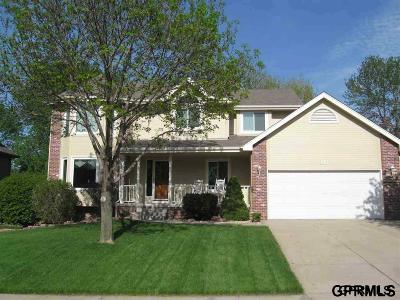 Papillion NE Rental For Rent: $2,000