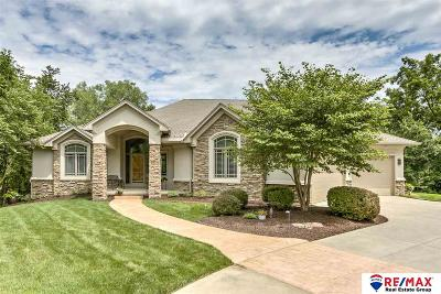 Omaha Single Family Home For Sale: 1140 Lynnwood Lane