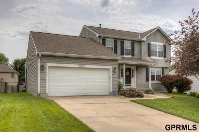 Single Family Home For Sale: 15145 Edna Street