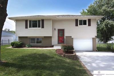 Single Family Home Sold: 4917 N 93 Avenue