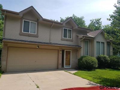 Papillion Single Family Home For Sale: 1422 Cherry Tree Lane