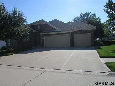 Elkhorn Single Family Home For Sale: 904 S 188 Court