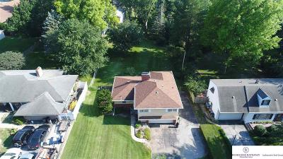 Single Family Home For Sale: 8825 Edgevale Place