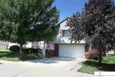 Single Family Home Sold: 2902 N 148 Street