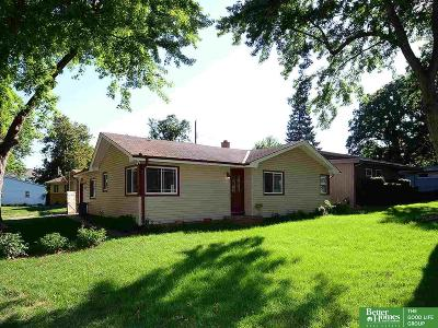 Ralston Single Family Home For Sale: 7629 Belmont Drive