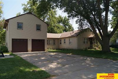 Single Family Home For Sale: 1158 N Garfield