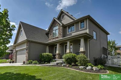Papillion Single Family Home For Sale: 7644 Leawood Street