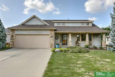 Papillion Single Family Home For Sale: 2408 Leigh Lane