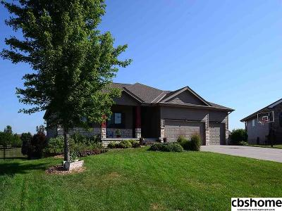 Gretna Single Family Home For Sale: 21334 Cobblestone Circle