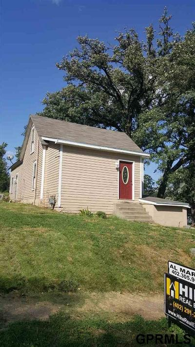 Weeping Water NE Single Family Home For Sale: $79,500