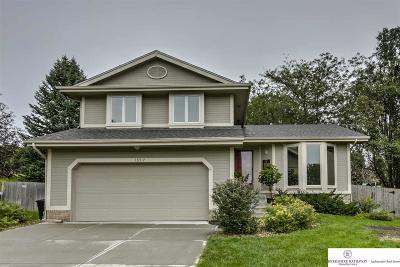 Omaha Single Family Home For Sale: 16517 Adams Circle