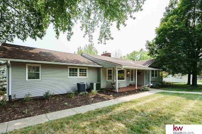 Omaha Single Family Home For Sale: 1511 S 90th Street