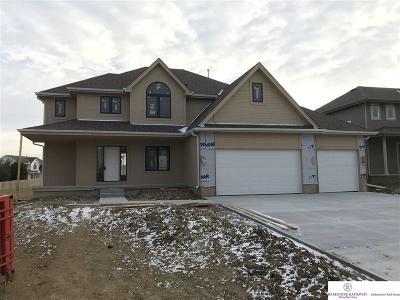 Bennington Single Family Home For Sale: 16361 Grebe Street