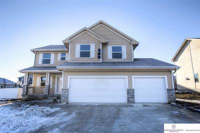 Bellevue Single Family Home For Sale: 12311 Quail Drive