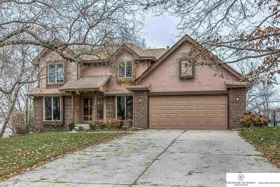 Papillion Single Family Home For Sale: 1108 Magnolia Circle