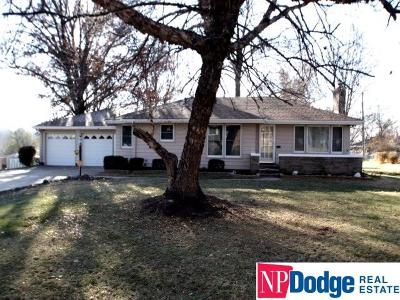 Omaha Single Family Home New: 5437 Crown Point Avenue